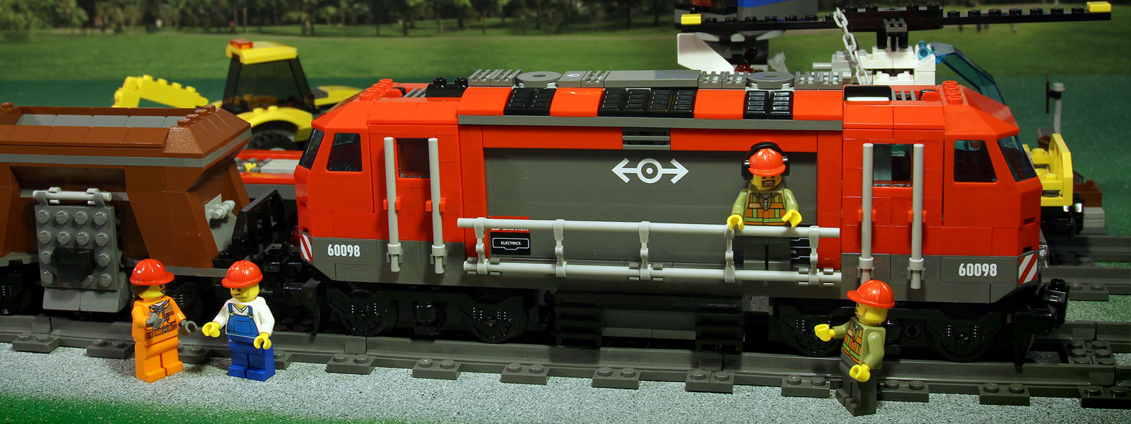 LEGO City 60098 - Heavy Haul Train - Factor41Play